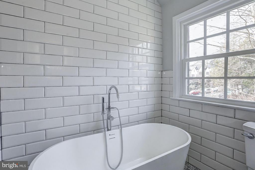 First Upper Level - Bedroom Suite #2 - 1701 HOBAN RD NW, WASHINGTON