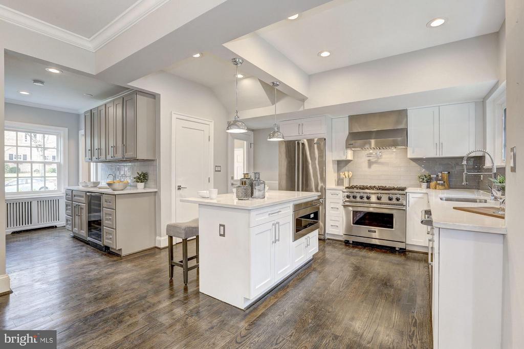 Main Level - Kitchen - 1701 HOBAN RD NW, WASHINGTON