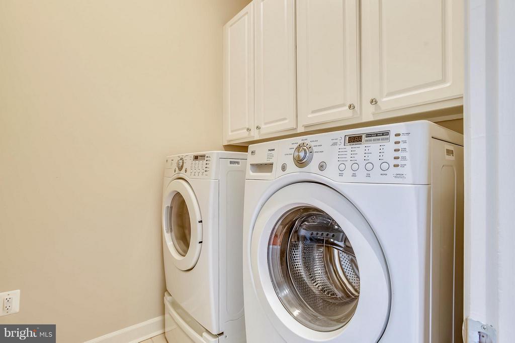 Washer & Dryer on Bedroom Level - 18263 MULLFIELD VILLAGE TER, LEESBURG