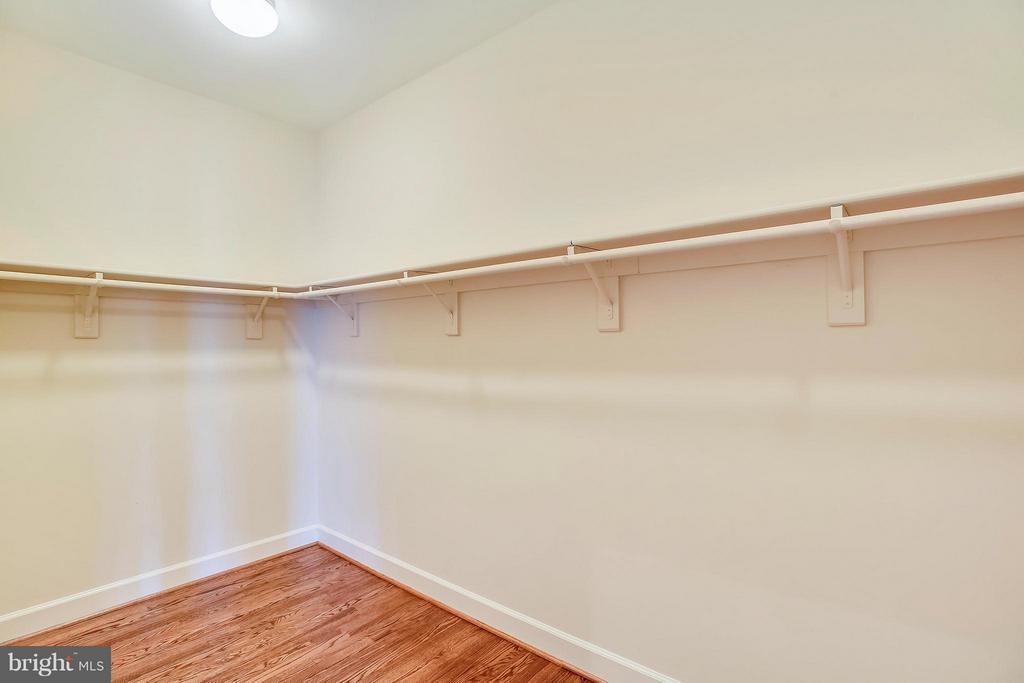 Master Suite Closet - 18263 MULLFIELD VILLAGE TER, LEESBURG
