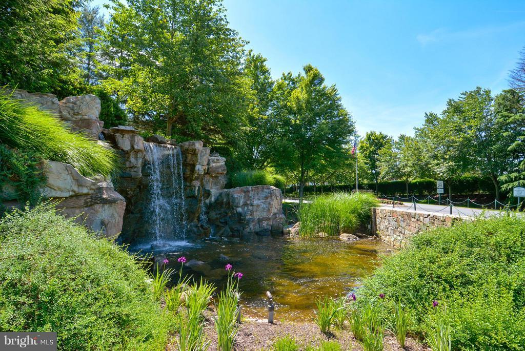 River Creek Waterfall Entrance - 18263 MULLFIELD VILLAGE TER, LEESBURG