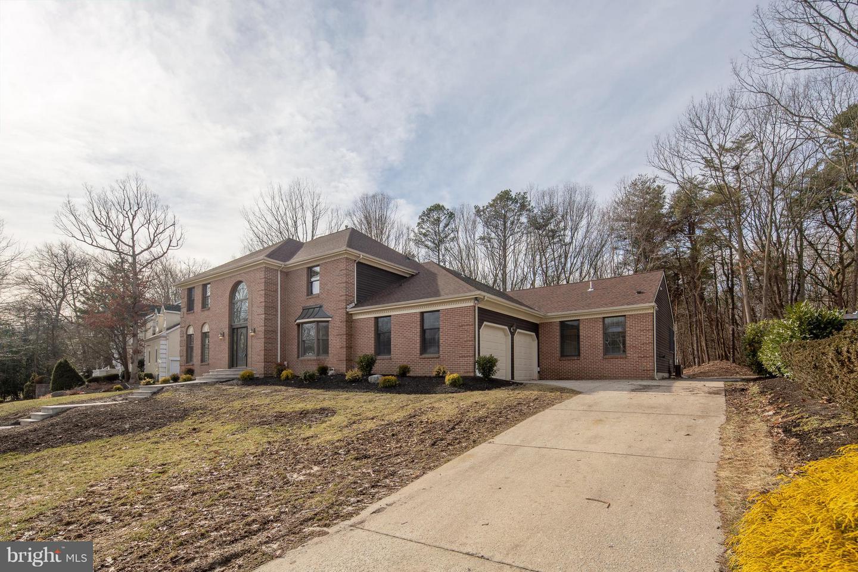 Villa per Vendita alle ore 11 HIDDEN ACRES Drive Voorhees, New Jersey 08043 Stati UnitiIn/In giro: Voorhees Township