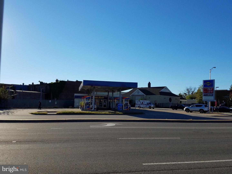 Retail للـ Sale في Richmond, Virginia 23224 United States