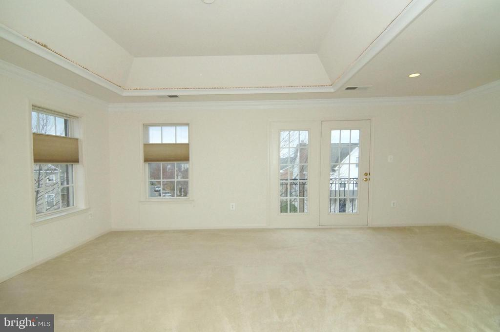 Master Bedroom - 701 BELMONT BAY DR, WOODBRIDGE