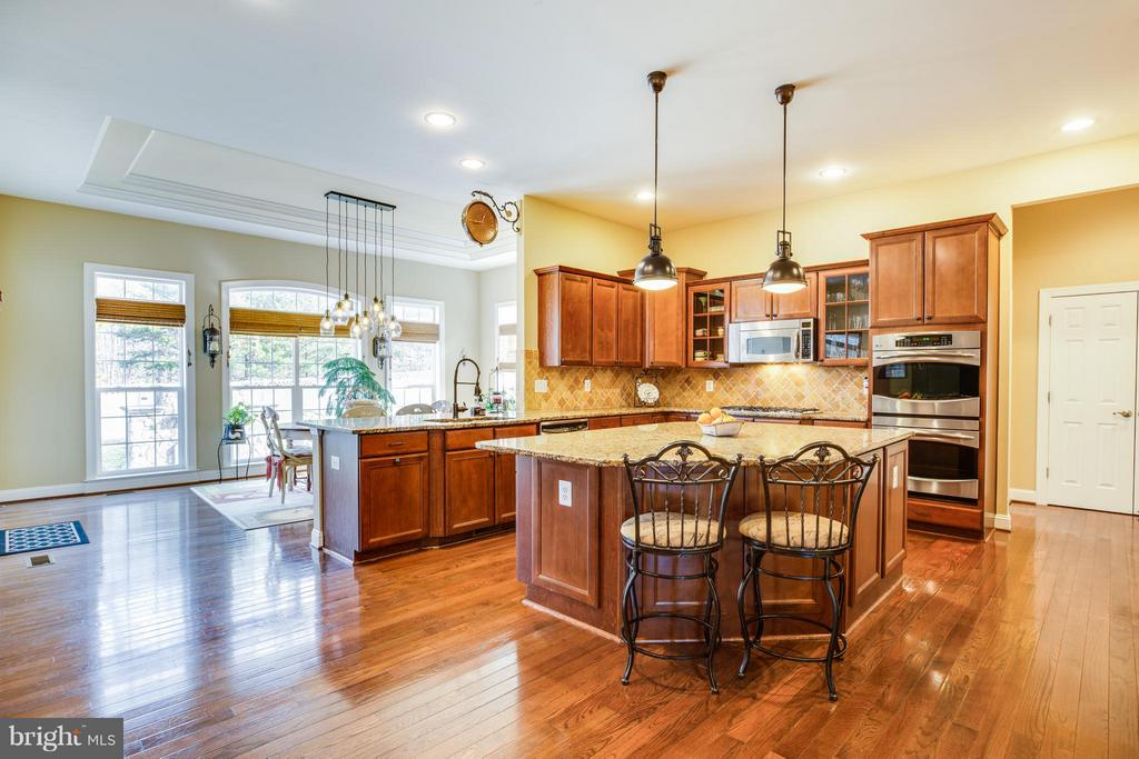 Open Kitchen with Center Island - 1019 E KENSINGTON CIR, FREDERICKSBURG