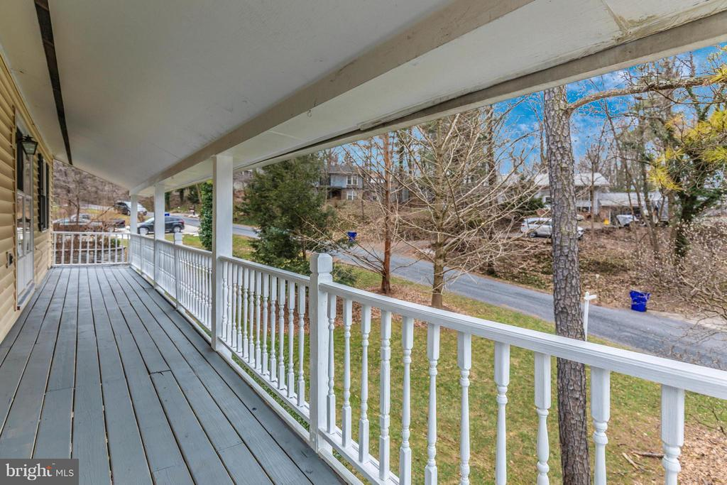 Balcony - 8620 PINECLIFF DR, FREDERICK