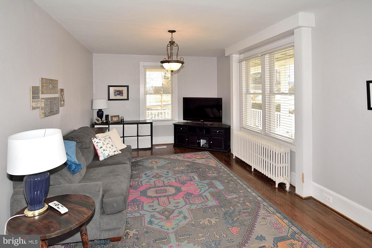 Additional photo for property listing at 211 Waterloo St 211 Waterloo St Warrenton, Virginia 20186 United States