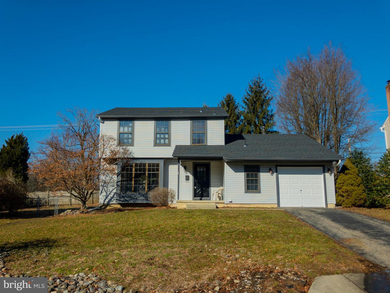 Maison unifamiliale pour l Vente à 706 SYCAMORE Court Laurel Springs, New Jersey 08021 États-Unis