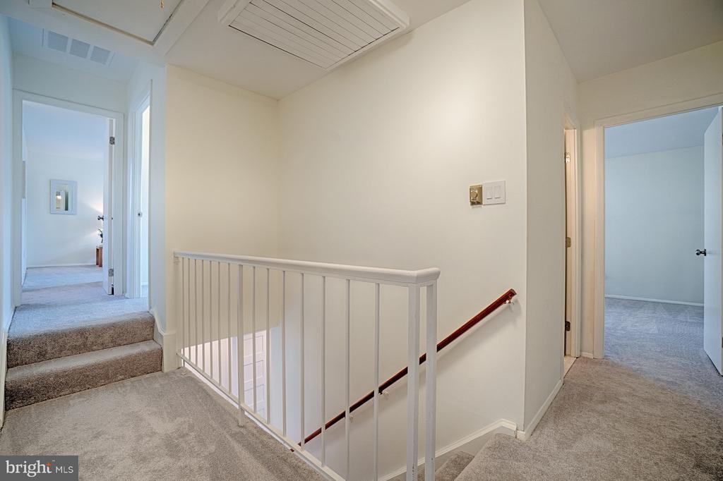 New Carpet in Upper Level - 1425 GREEN RUN LN, RESTON