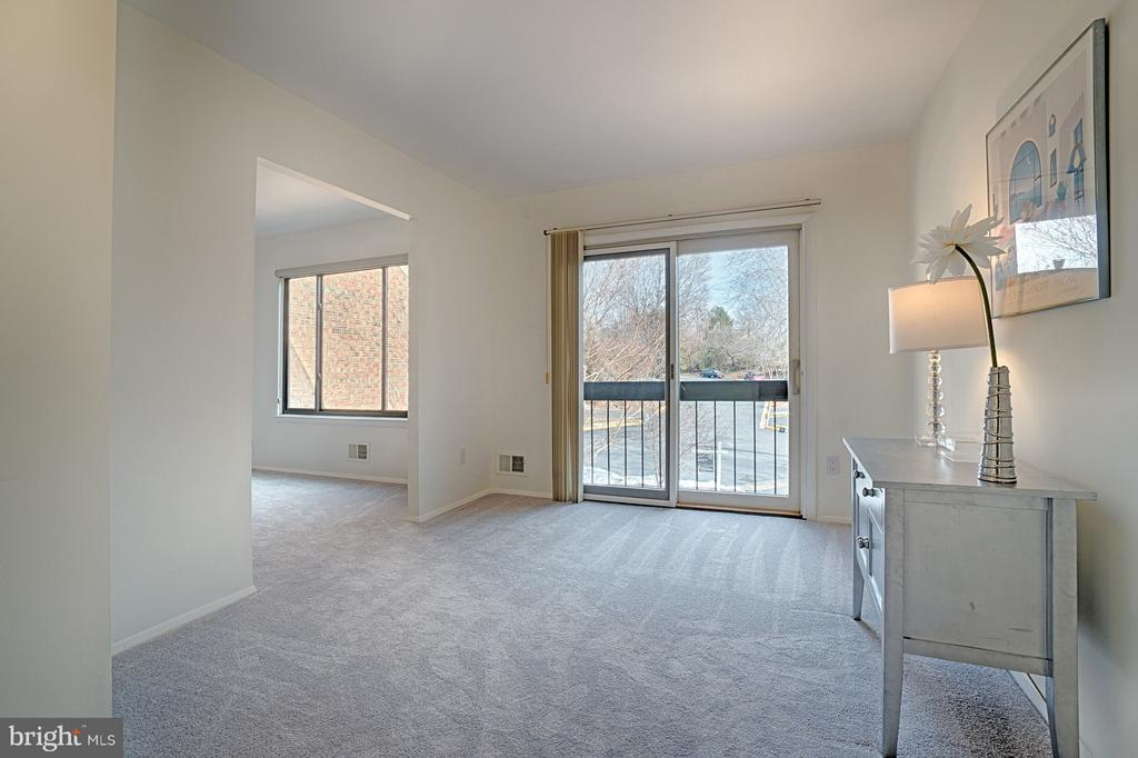 Master Suite Sitting Room has Juliette Balcony - 1425 GREEN RUN LN, RESTON