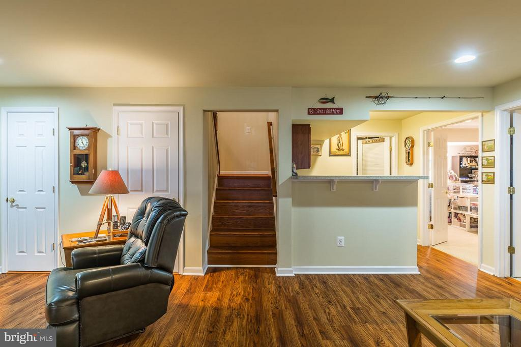 Stairs to Lower Level Rec Room with Wet Bar - 3756 RUSSETT MAPLE CT, DUMFRIES