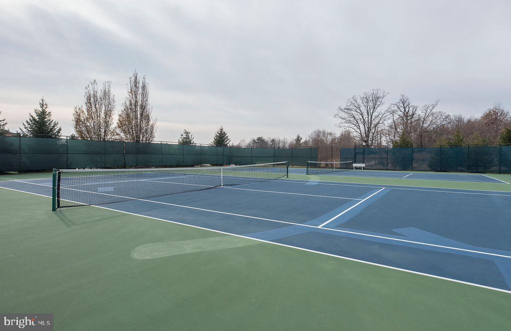 Community Tennis Court - 13375 COLCHESTER FERRY PL, WOODBRIDGE