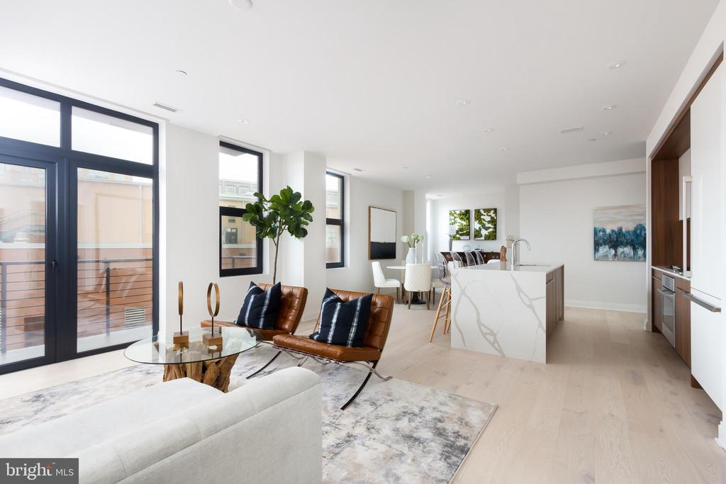 Spacious open concept living / dining room - 1427 RHODE ISLAND AVE NW #204, WASHINGTON
