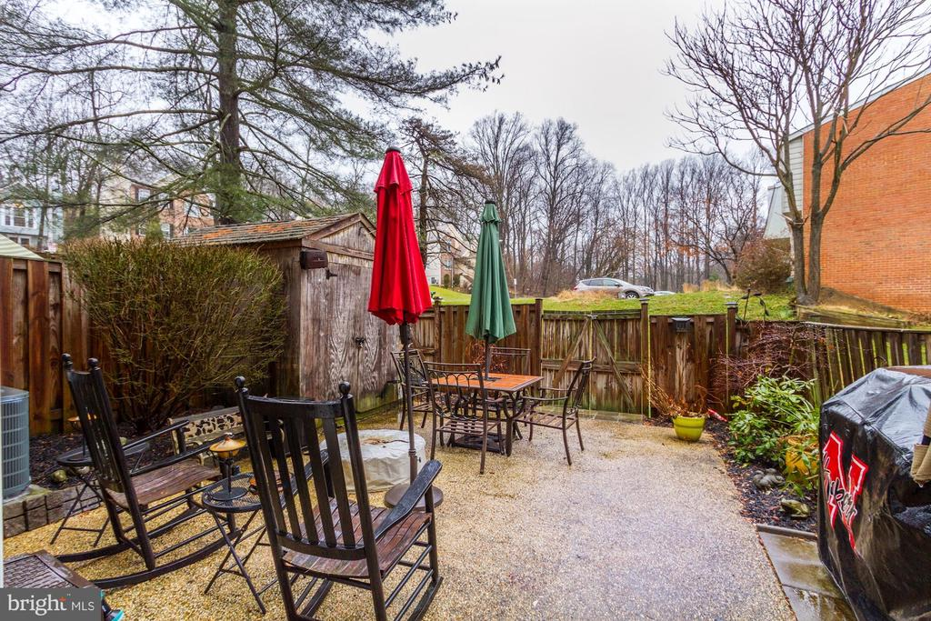 Rear Patio - 4 HONEY BROOK LN, GAITHERSBURG