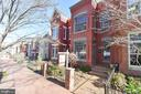 - 515 2ND ST NE, WASHINGTON