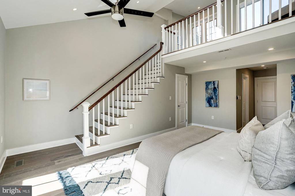 Bedroom/Loft - 1826 INDEPENDENCE AVE SE #FOUR, WASHINGTON