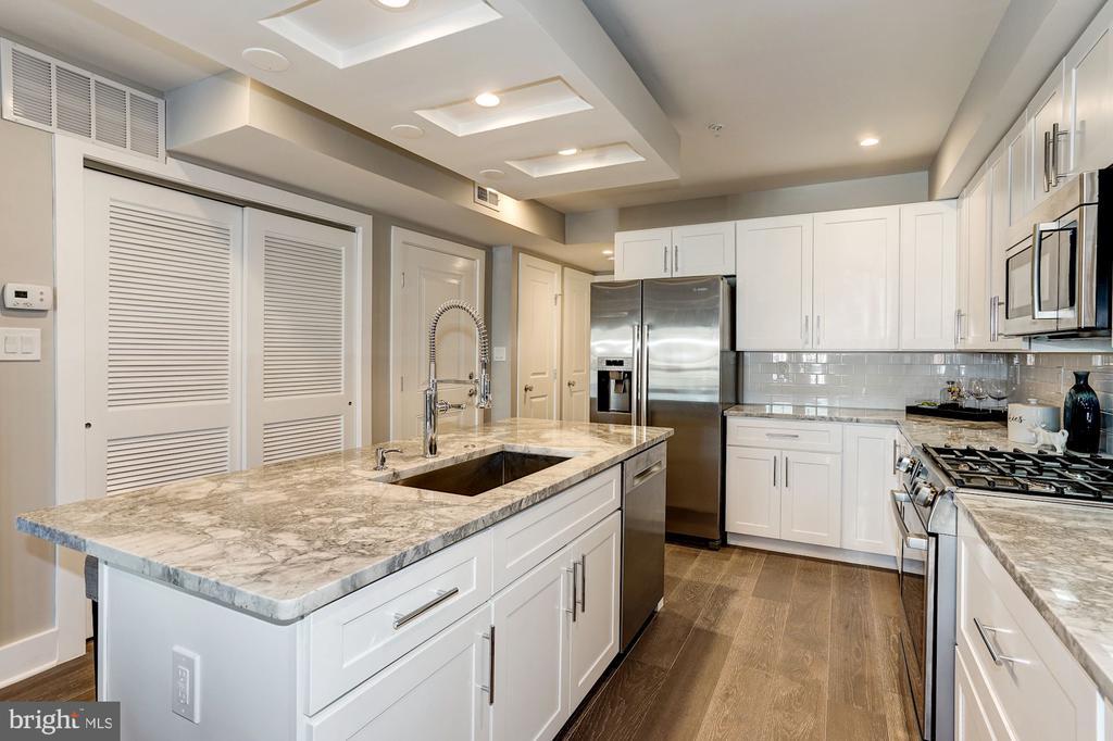 Kitchen - 1826 INDEPENDENCE AVE SE #FOUR, WASHINGTON
