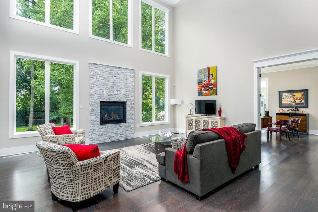 Relax~ - 10704 LOCKLAND RD, ROCKVILLE