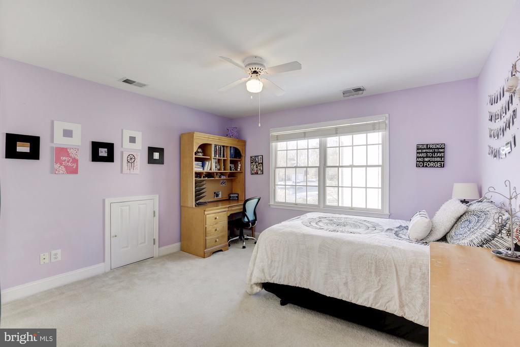 - 10106 DAPHNEY HOUSE WAY, ROCKVILLE