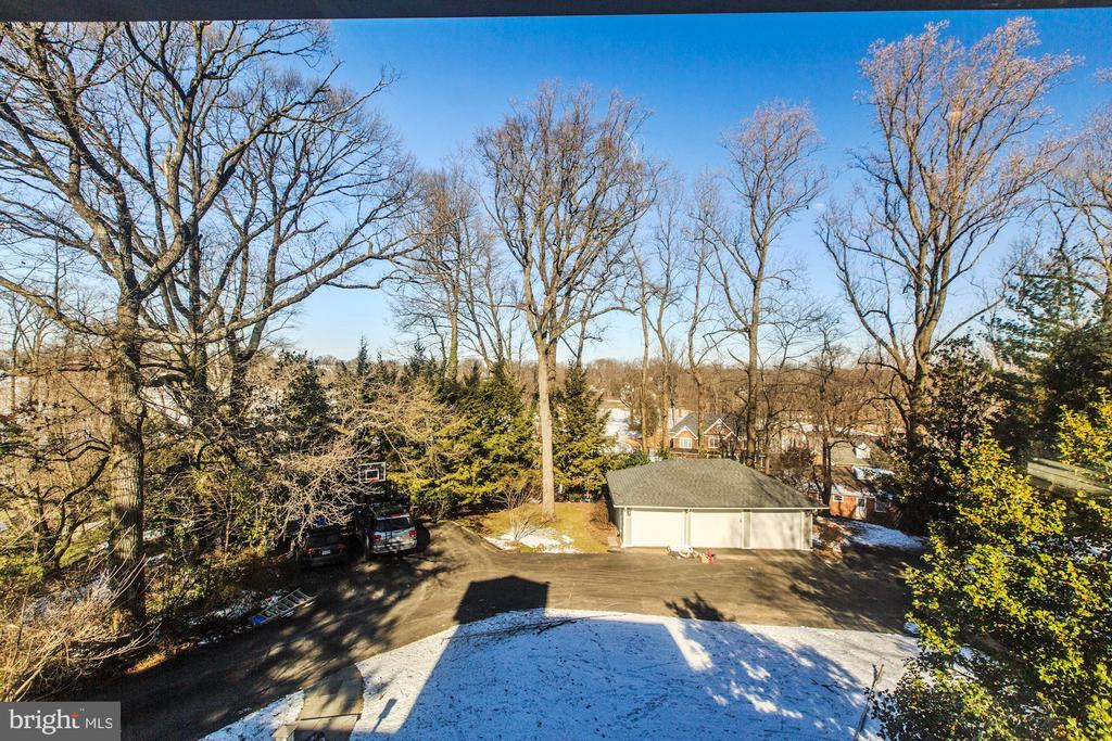 Views from the UL Bedroom - 4619 27TH ST N, ARLINGTON