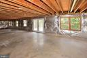Unfinished basement with walkout - 46441 MONTGOMERY PL, STERLING