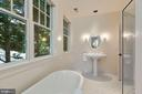 Full Bath - 6004 BROOKSIDE DR, CHEVY CHASE