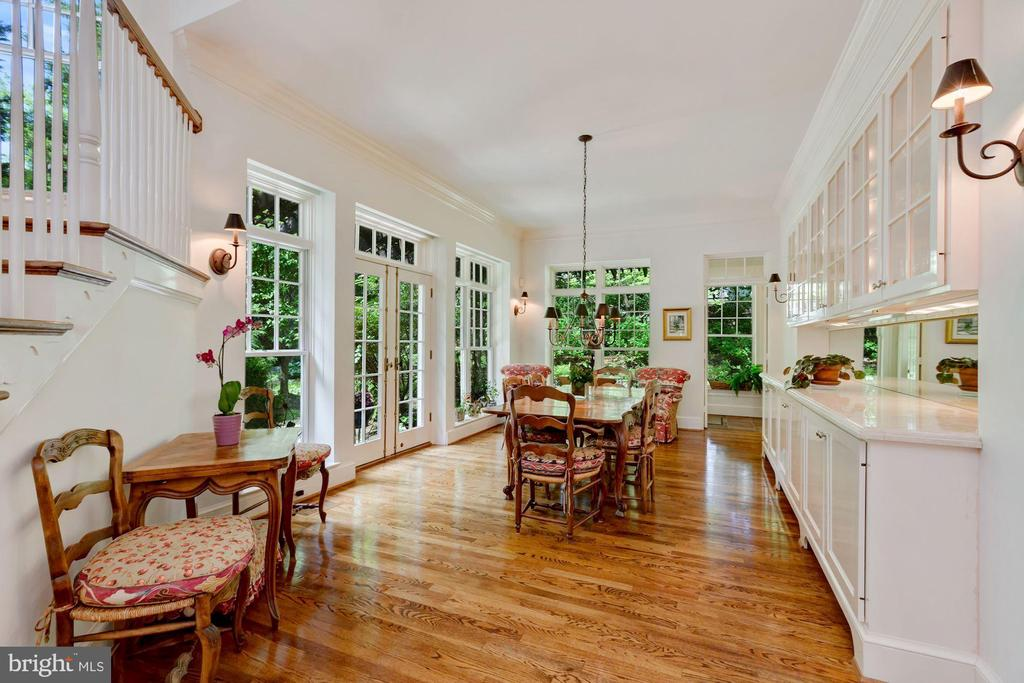 Breakfast Room - 6004 BROOKSIDE DR, CHEVY CHASE