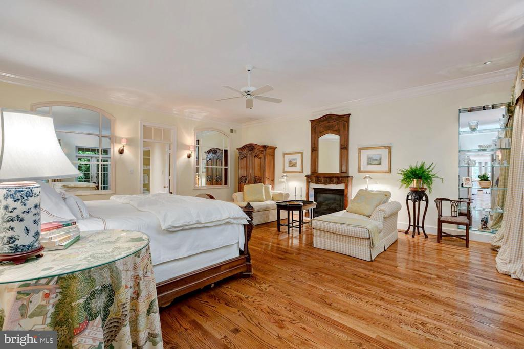 Main Level Master Bedroom Suite with Fireplace - 6004 BROOKSIDE DR, CHEVY CHASE