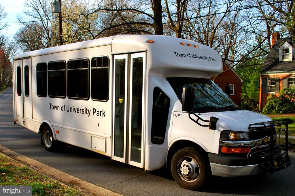 University Park Rush Hour Metro Shuttle - 4206 COLLEGE HEIGHTS DR, UNIVERSITY PARK