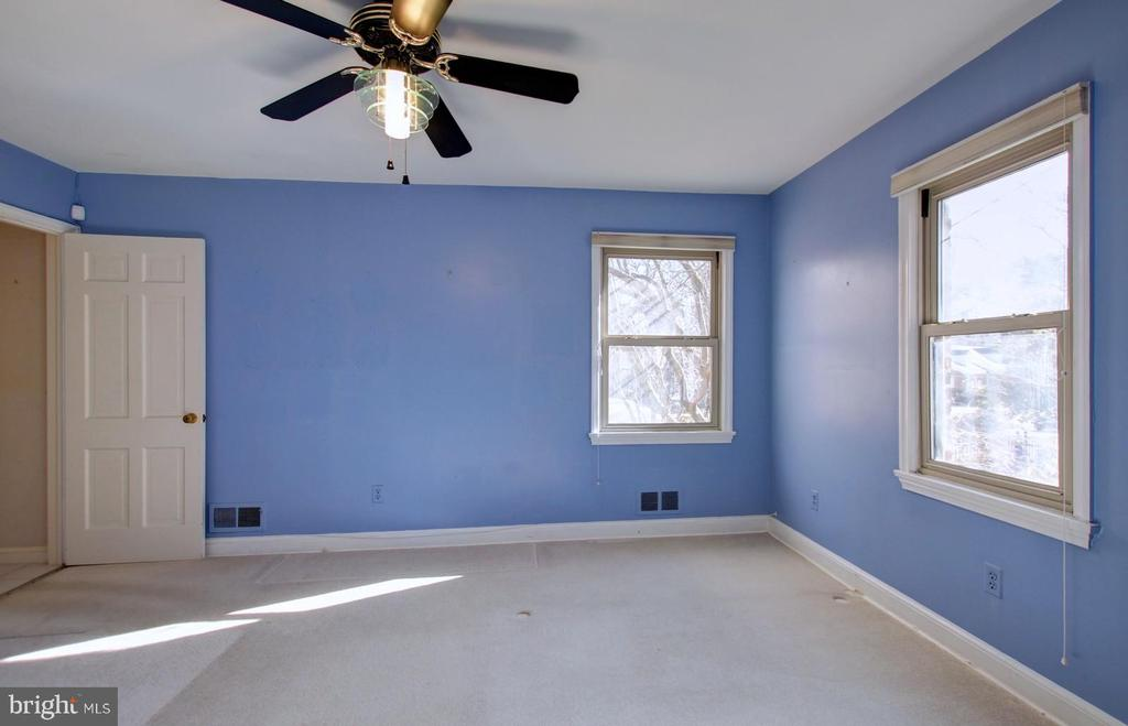 Bedroom - 4206 COLLEGE HEIGHTS DR, UNIVERSITY PARK