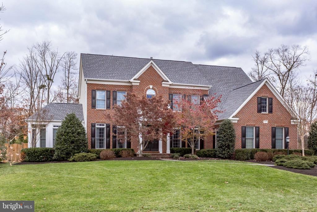 One of Ashburn 4 Bedroom Homes for Sale at 42836  EARLY LIGHT PLACE