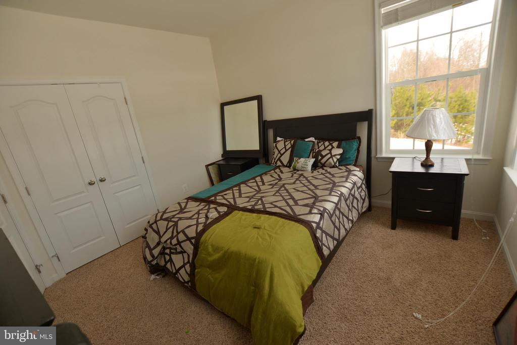 bedroom 2 - 6501 OSBORNE HILL DR, UPPER MARLBORO