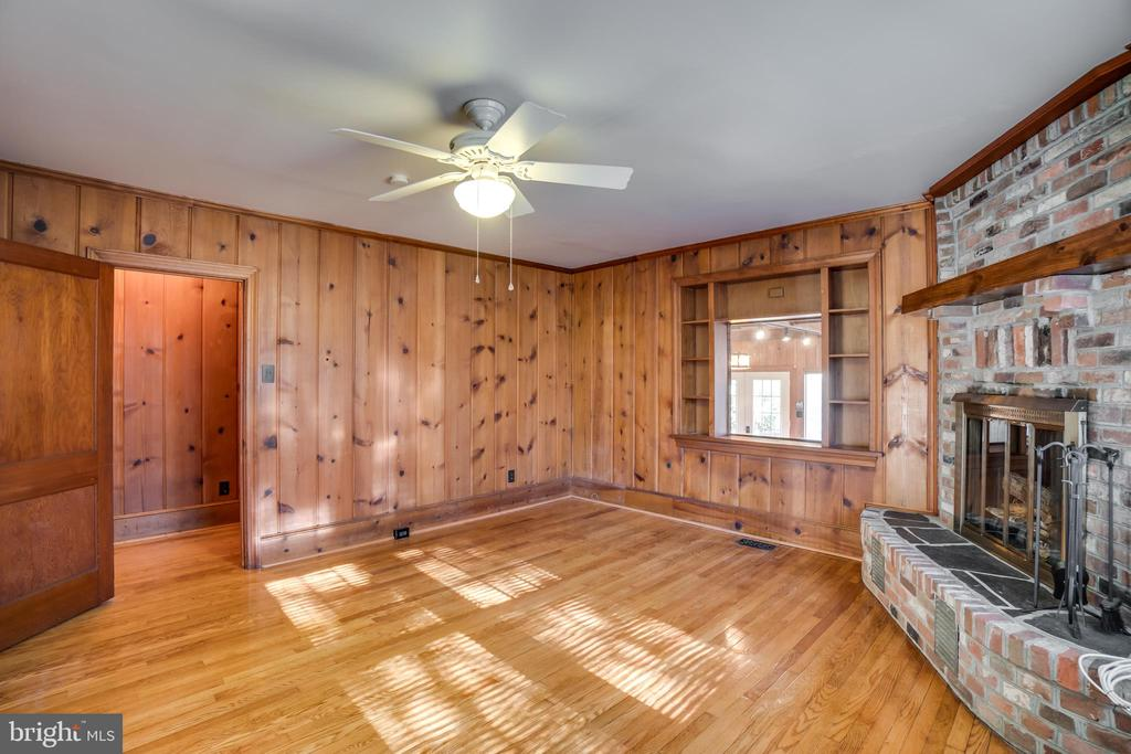 Wood Floors and Brick Fireplace - 405 FORBES ST, FREDERICKSBURG