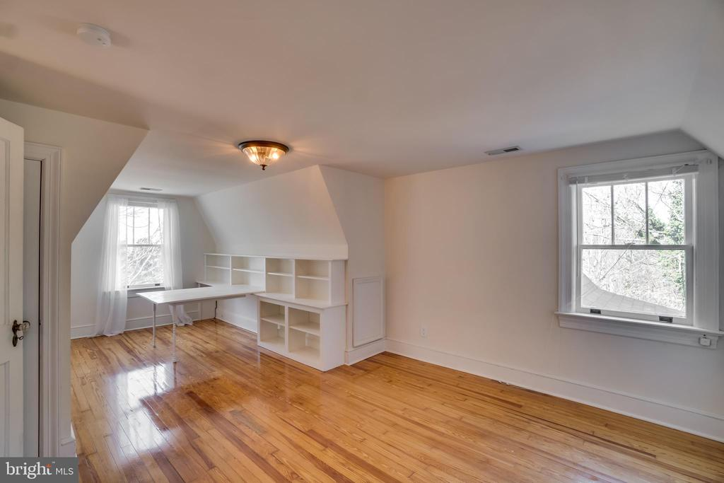 Sitting Area with More Built Ins and Desk in BR #2 - 405 FORBES ST, FREDERICKSBURG