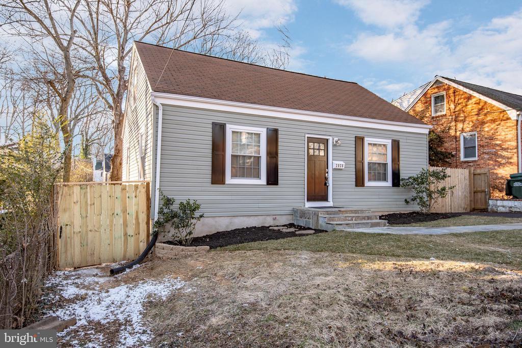 Falls Church Homes for Sale -  New Listings,  2828 W GEORGE MASON ROAD