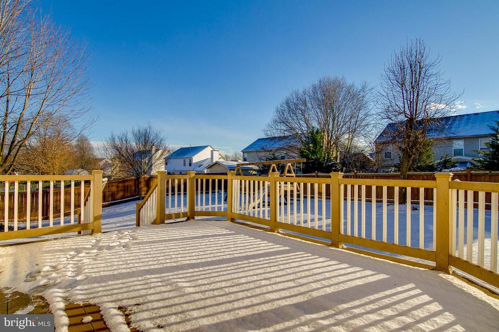 Large Deck is great for cookouts and entertaining. - 9310 E CARONDELET DR, MANASSAS PARK