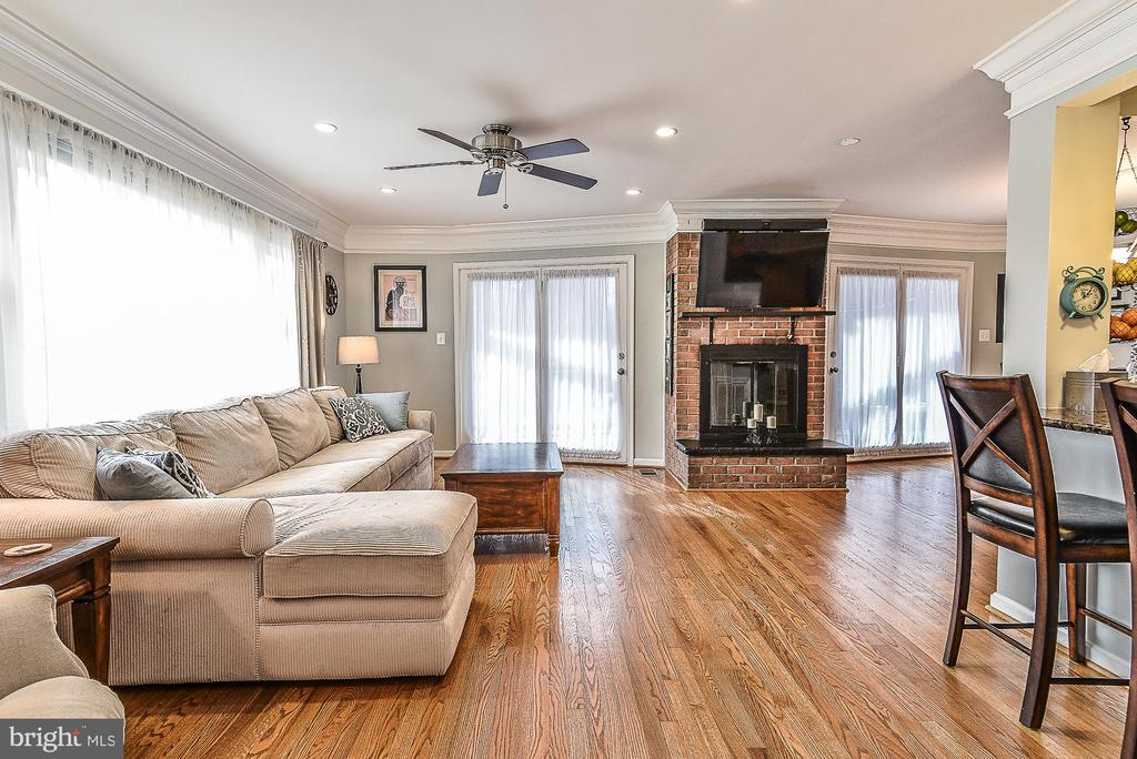 Living Room - 10522 GREENE DR, LORTON