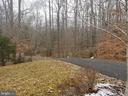 Long Private Paved Driveway - 5 DEEP RUN RD, FREDERICKSBURG