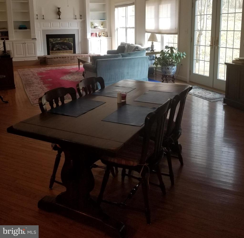 Large Breakfast Area Just Off The Family Room - 5 DEEP RUN RD, FREDERICKSBURG