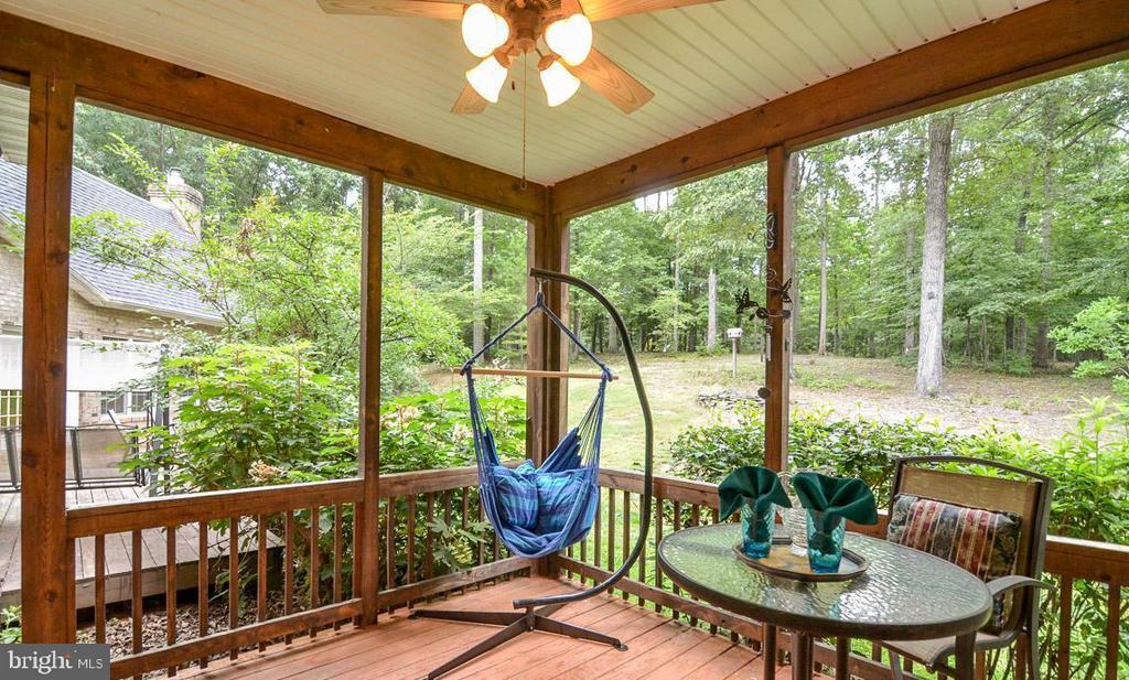 MBR Leads out to a Beautiful Private Retreat - 5 DEEP RUN RD, FREDERICKSBURG