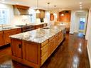 Designed Just Right! - 6012 GROVE DR, ALEXANDRIA