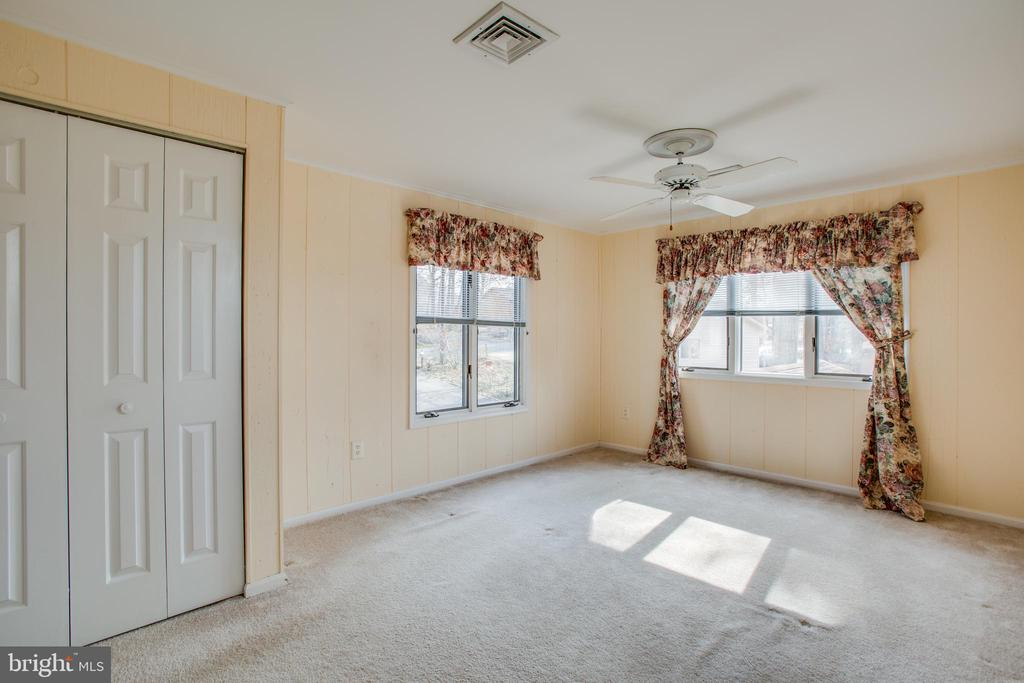 Bedroom 3 on Upper Level - 232 BIRCHSIDE CIR, LOCUST GROVE