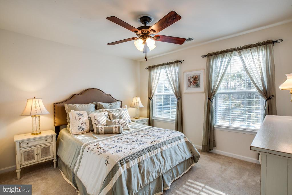 Naturally lit! Bedrooms feature large windows. - 98 GENEVIEVE CT, FREDERICKSBURG