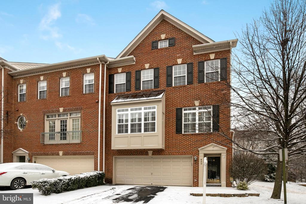 452  CLAYTON LANE, Alexandria, Virginia