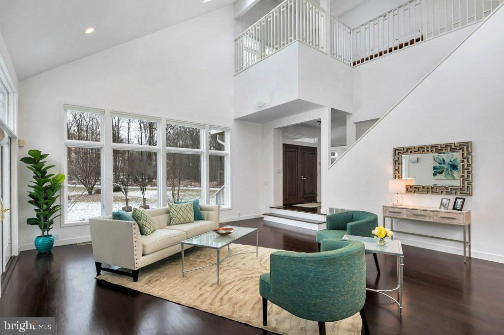 Single Family Home for Sale at 48 BOGART Princeton, New Jersey 08540 United StatesMunicipality: Princeton