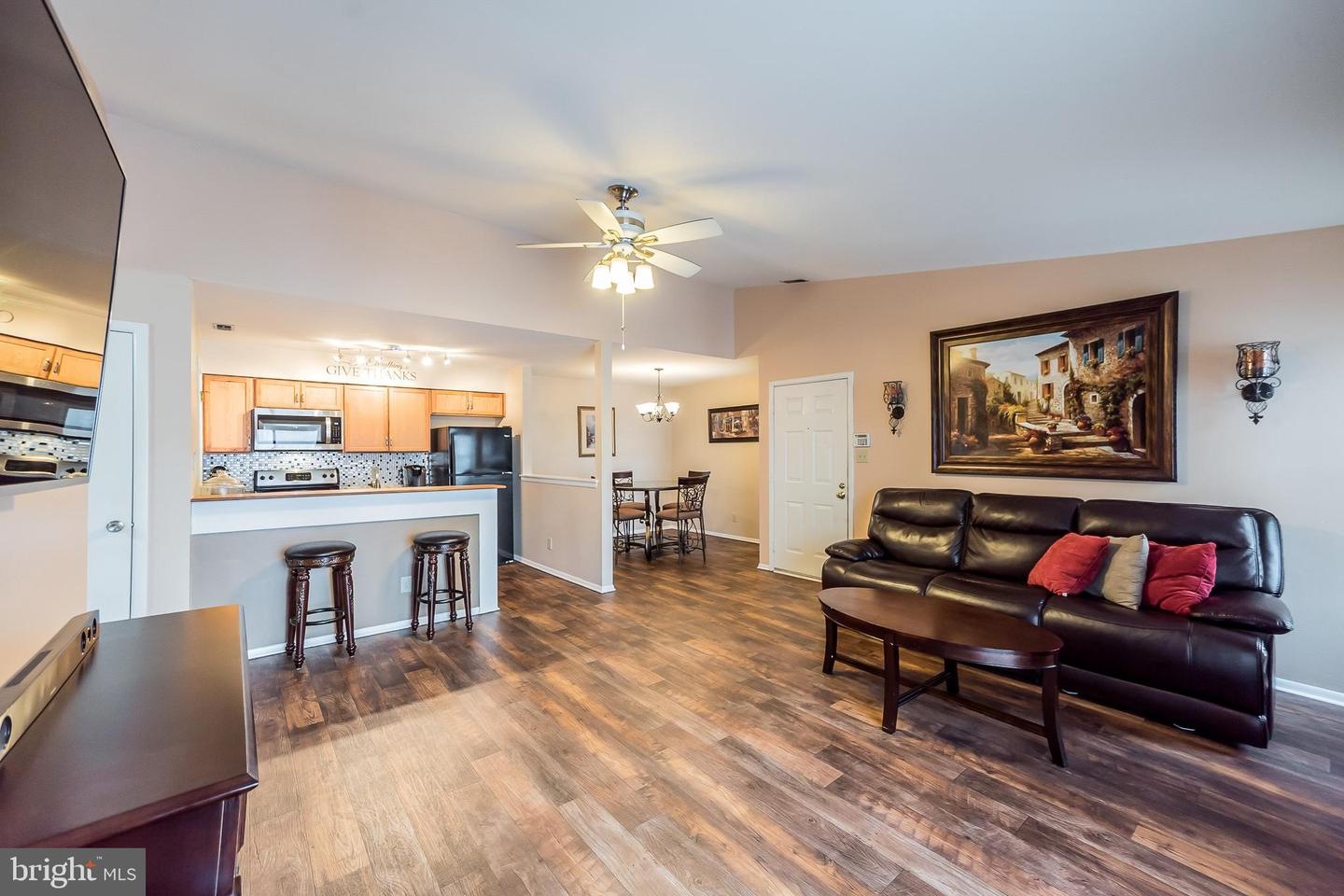Photo of home for sale at 418 Durham Court, Mantua NJ