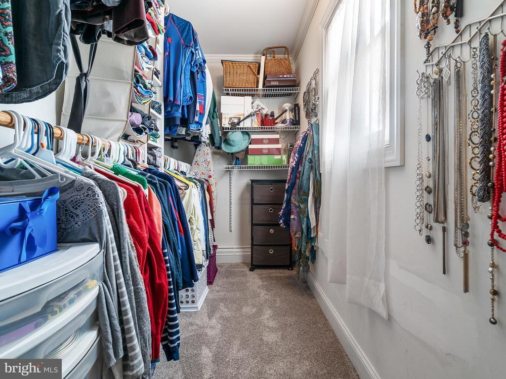 Master Walk-in Closet - 9716 LAFAYETTE AVE, MANASSAS