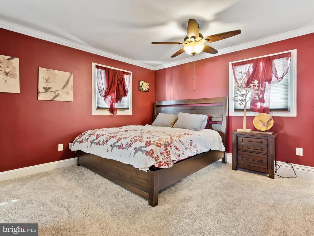 Entering Master Bedroom - 9716 LAFAYETTE AVE, MANASSAS