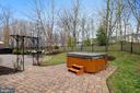 Hot tub - 43368 VESTALS PL, LEESBURG