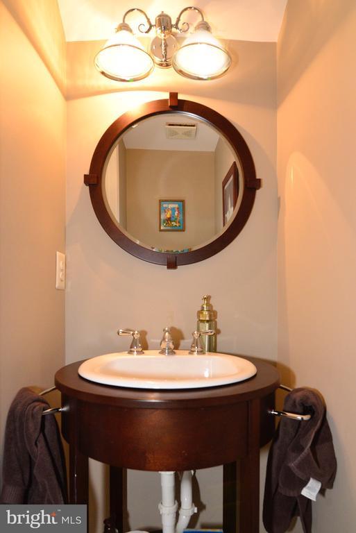 Half bath in basement - 12171 TRYTON WAY, RESTON